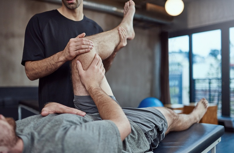Hiring Sports Physiotherapy Service